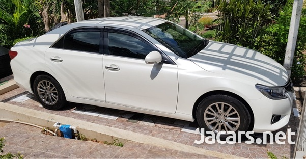 Toyota Mark X 2,5L 2016-2