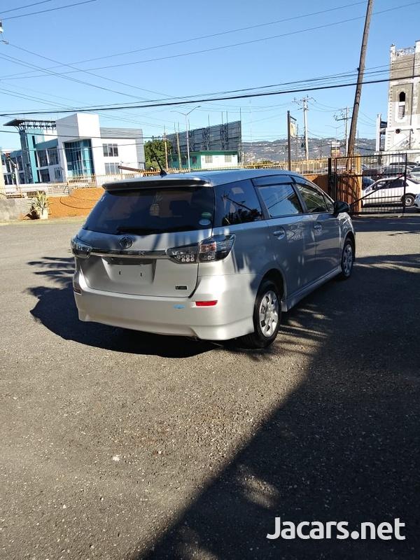 Toyota Wish 1,8L 2014-14