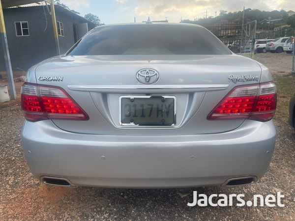 Toyota Crown 3,0L 2011-5