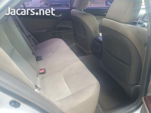 Toyota Mark X 2,4L 2012-9