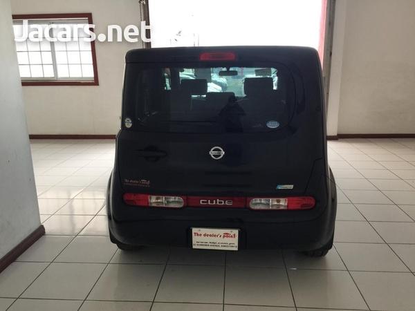 Nissan Cube 1,5L 2011-4