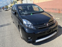 Toyota Isis 1,9L 2014
