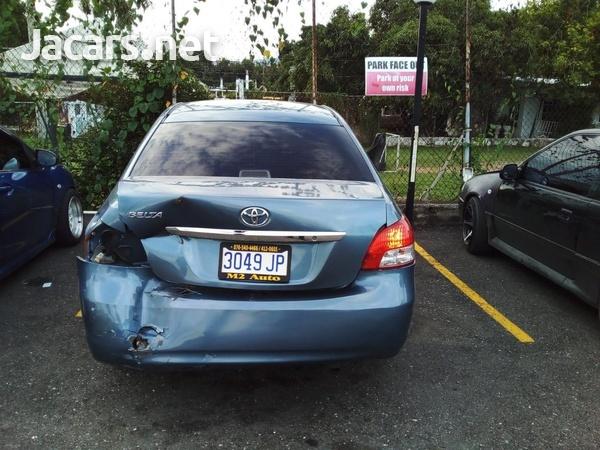 Toyota Belta 1,5L 2010-5