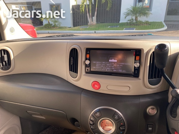 Nissan Cube 1,5L 2015-6