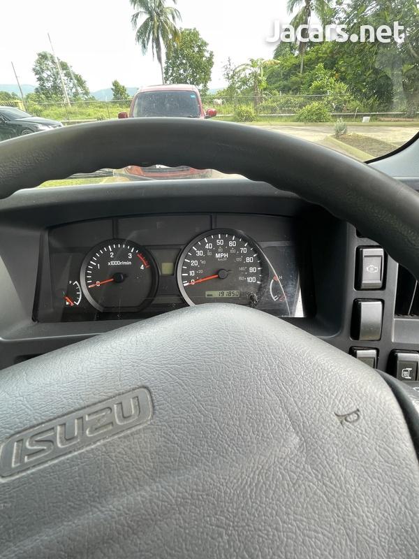 2013 Isuzu forward Truck-7