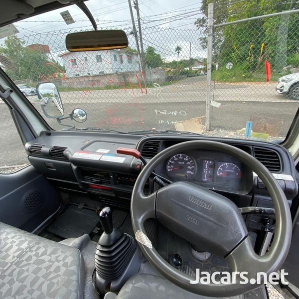 2006 Isuzu Elf Bucket Truck-9
