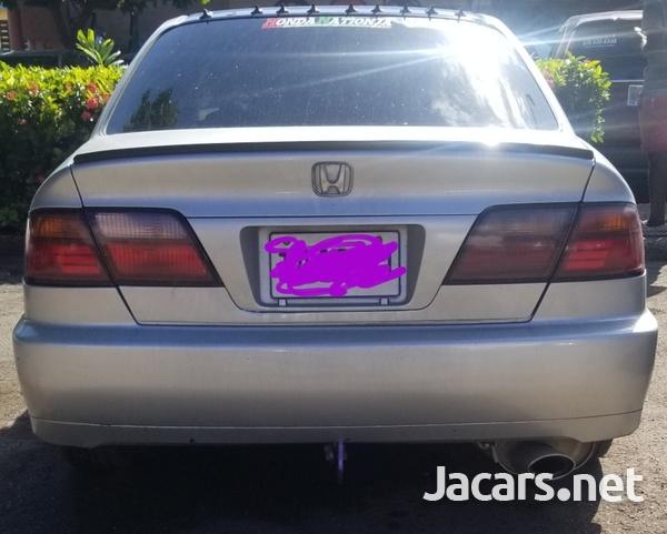 Honda Accord 1,8L 1999-4