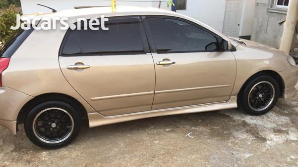 Toyota RunX 1,5L 2002-4