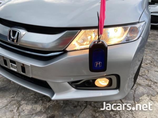Honda Grace 1,5L 2016-10