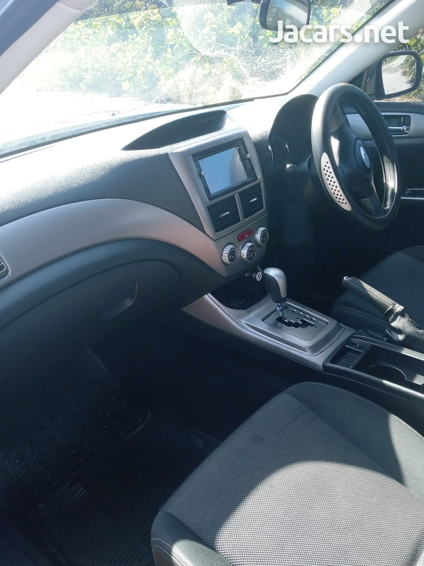 Subaru Impreza 2,0L 2010-1