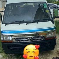 Toyota Hiace Bus 2000