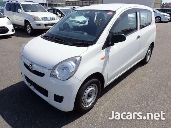 Daihatsu MIRA 1,0L 2015-3