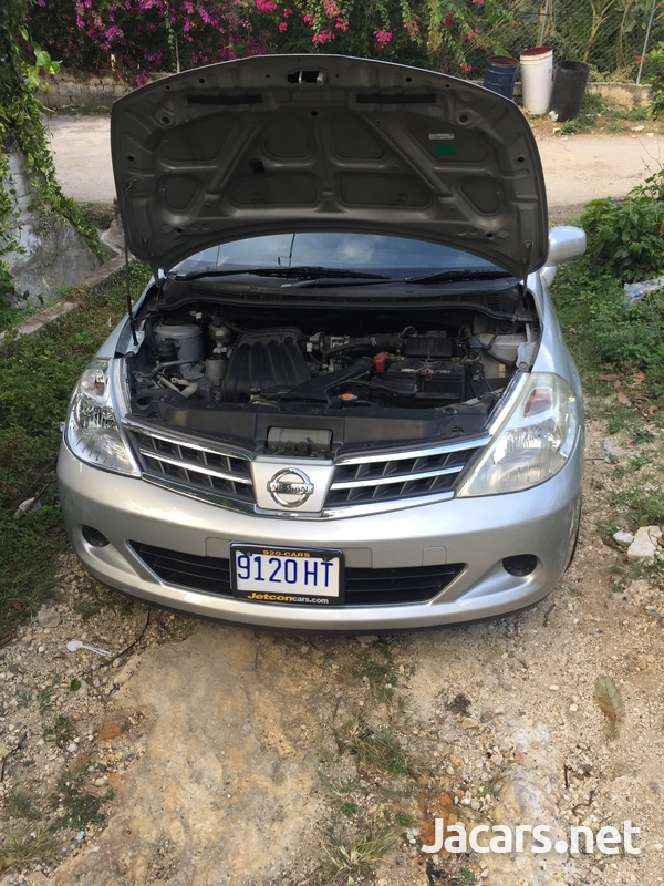Nissan Tiida 1,5L 2011-10