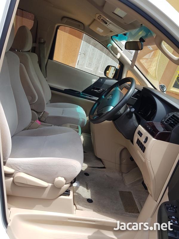 Toyota Alphard 3,4L 2014-4