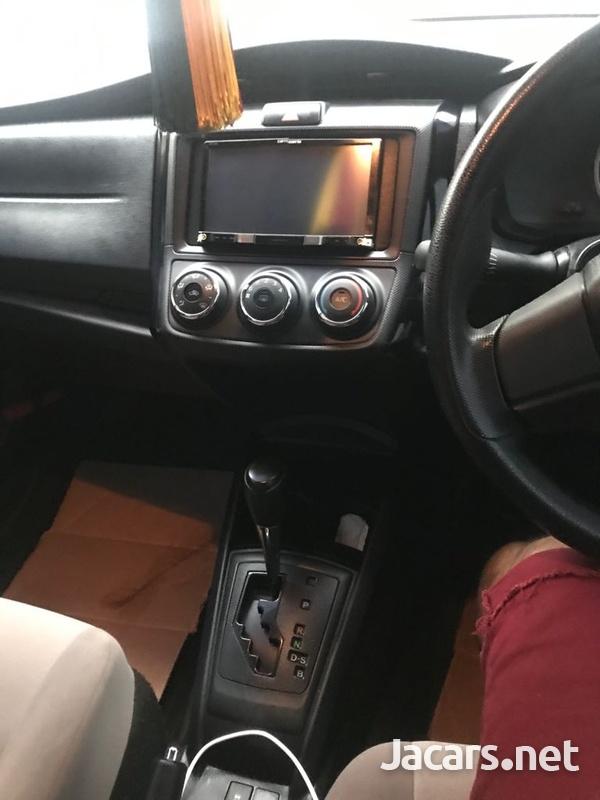 Toyota Axio 1,8L 2016-4
