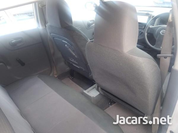 Nissan AD Wagon 1,5L 2012-4
