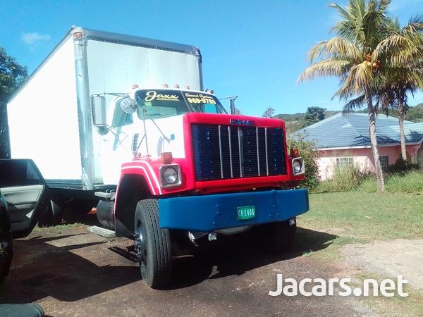 1988 GMC Bridgare Truck-10