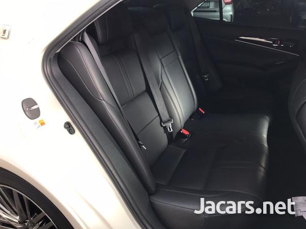 Toyota Crown 3,5L 2016-3
