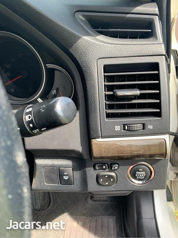 Toyota Mark X 2,6L 2014-5