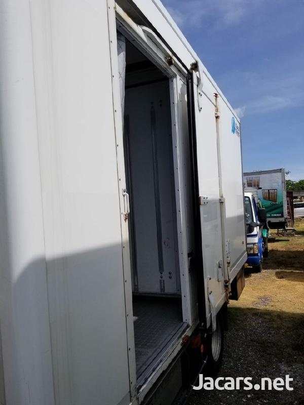 2014 Isuzu Elf Truck-2