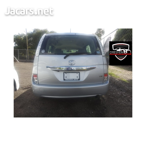 Toyota Isis 2,0L 2015-12
