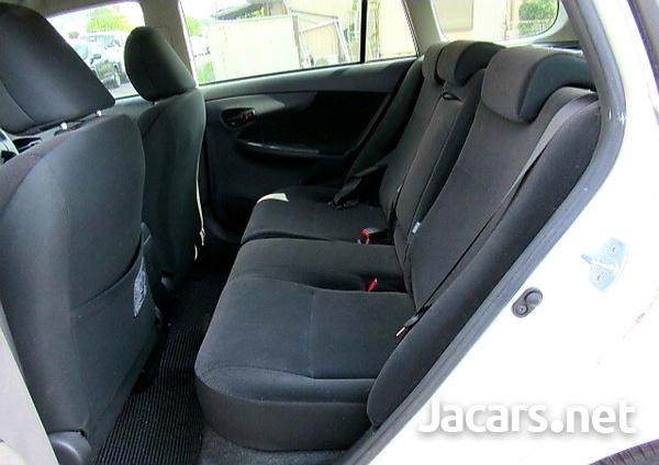 Toyota Fielder 1,5L 2012-7