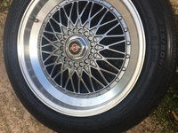 18 inch rims with new tyre, 5 lug