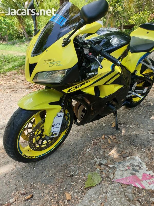 2009 Honda CBR 600rr-2