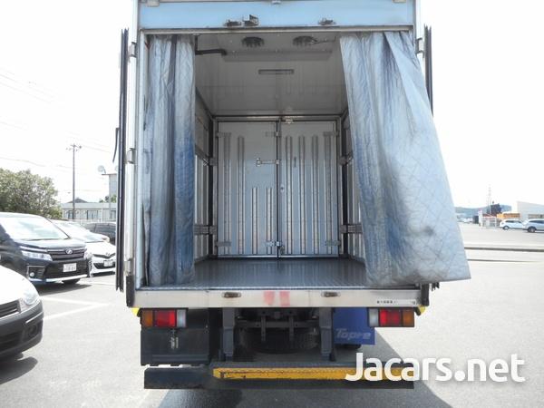 Isuzu Elf Refrigerated Truck 2014-4