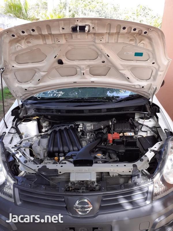 Nissan AD Wagon 1,5L 2014-6