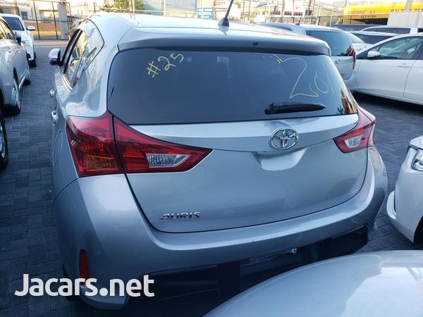 Toyota AURIS 1,5L 2013-3