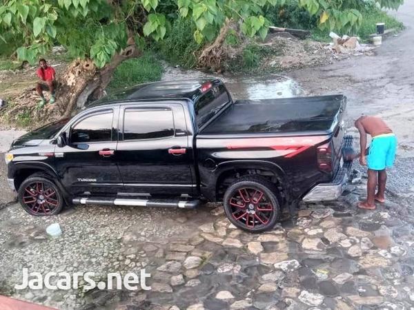 Toyota Tundra 5,7L 2016-1