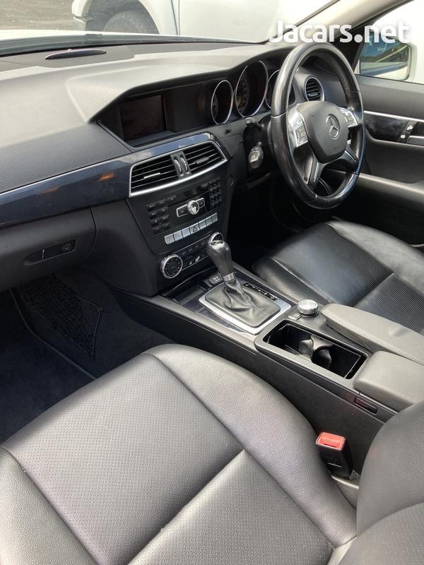 Mercedes-Benz C-Class 2,1L 2012-8