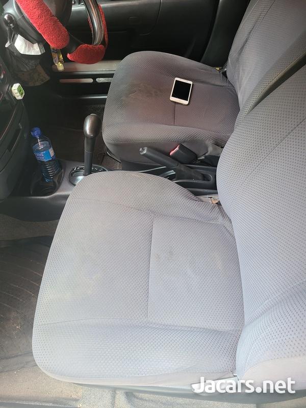Toyota Probox 1,5L 2010-4