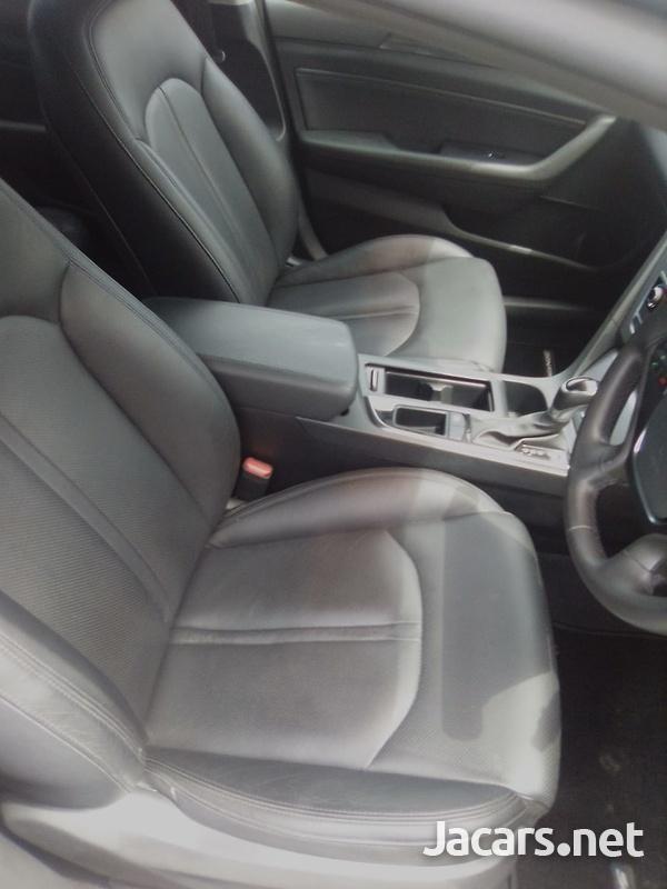Hyundai Sonata 1,8L 2015-12