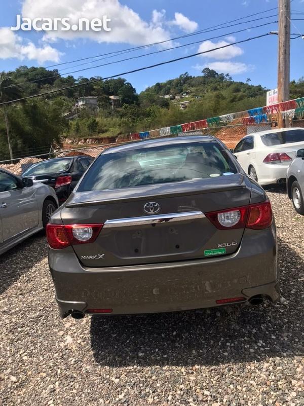 Toyota Mark X 2,5L 2011-3