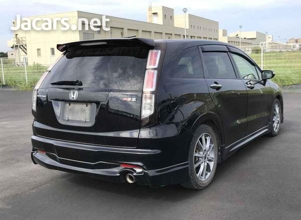 Honda Stream 1,8L 2012-3