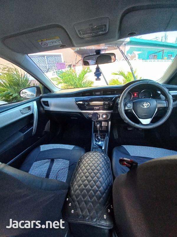 Toyota Corolla XLi 1,6L 2014-1