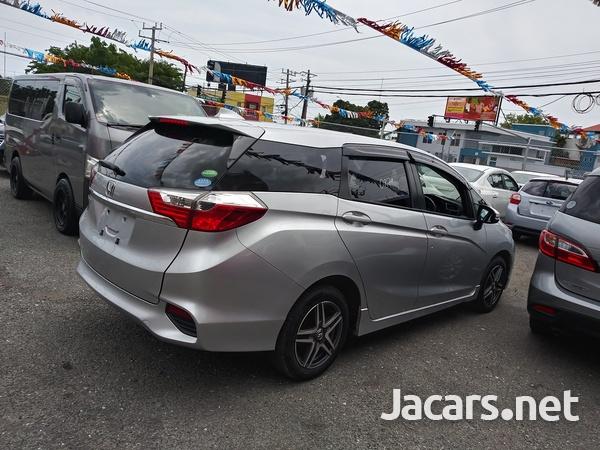 Honda Fit Shuttle 1,3L 2016-15
