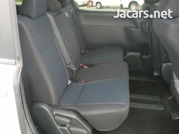 Toyota Noah 1,9L 2015-2