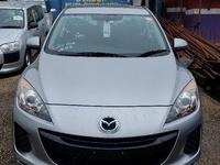 Mazda Axela 2,0L 2013