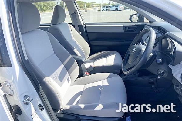 Toyota Axio 1,5L 2014-7