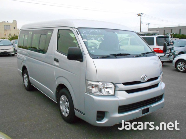 2016 Toyota Hiace Long DX 10 Seater-2