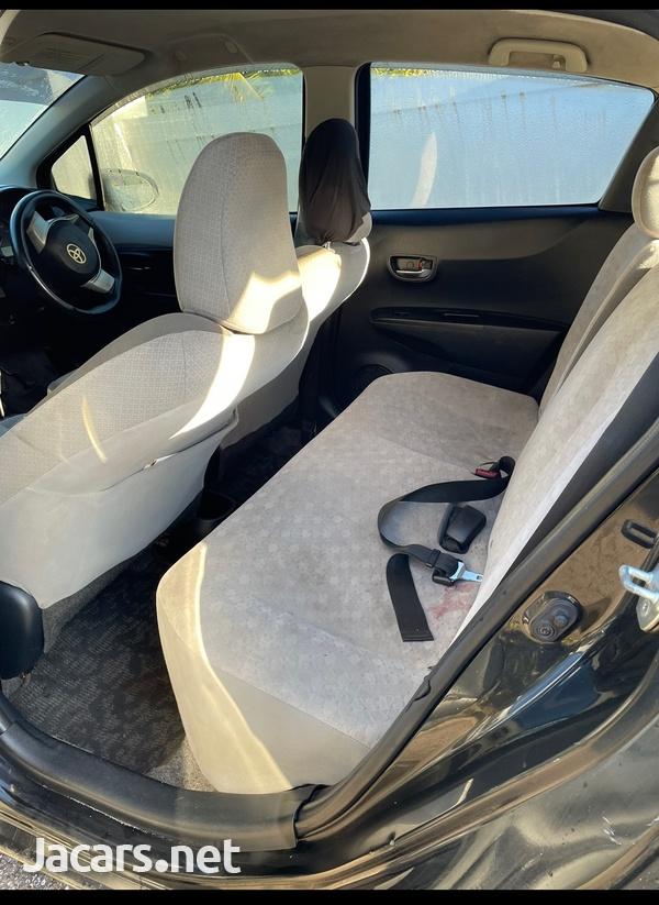 Toyota Vitz 1,5L 2012-5