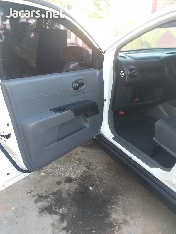 Nissan AD Wagon 1,6L 2013-2