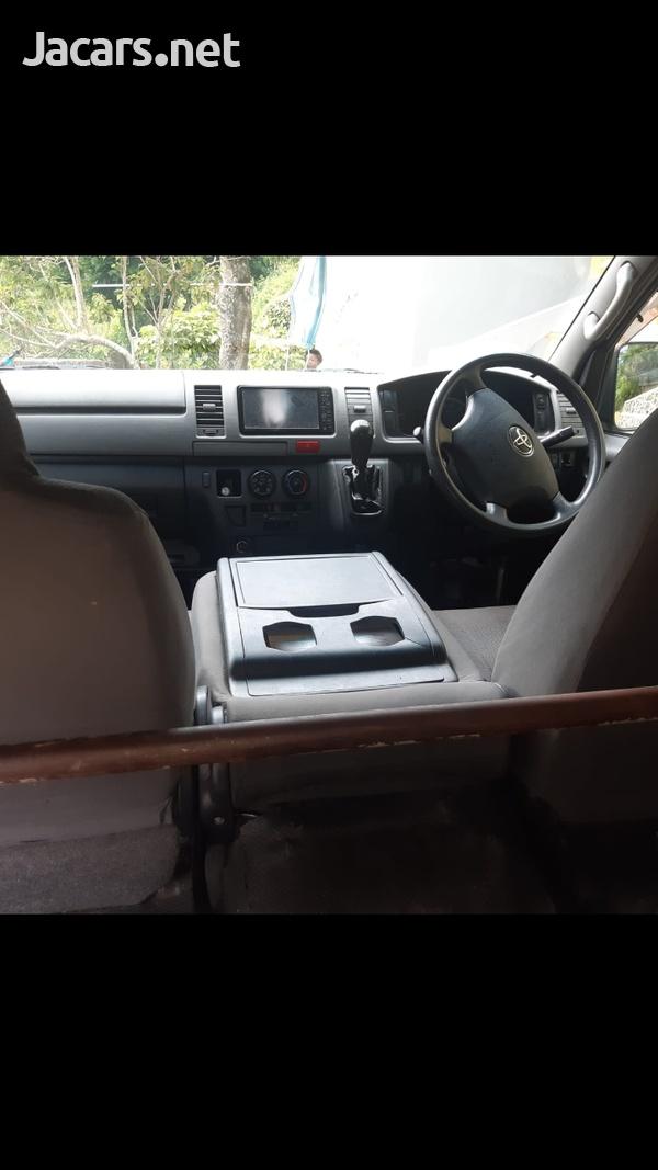 2011 Toyota Hiace Mini Bus-7