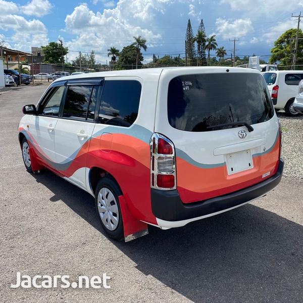 Toyota Probox 1,5L 2014-6