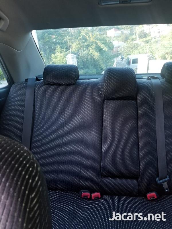 Toyota Camry 2,0L 2012-6