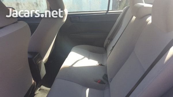 Toyota Axio 2,0L 2017-4