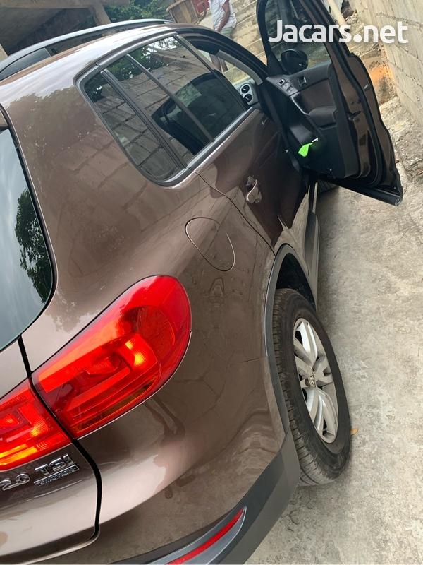 Volkswagen Tiguan 2,0L 2012-11